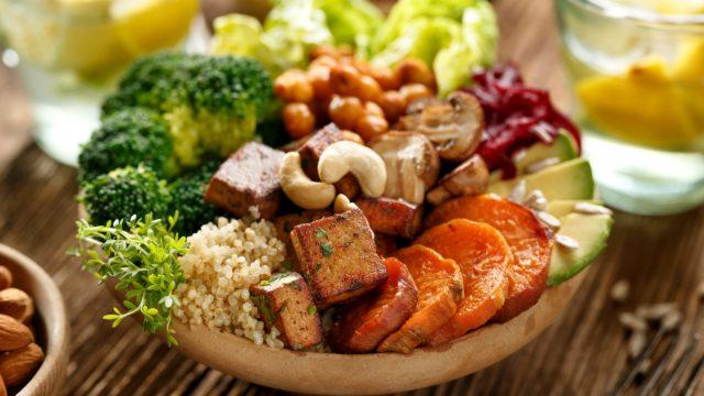 Como tirar a carne do prato